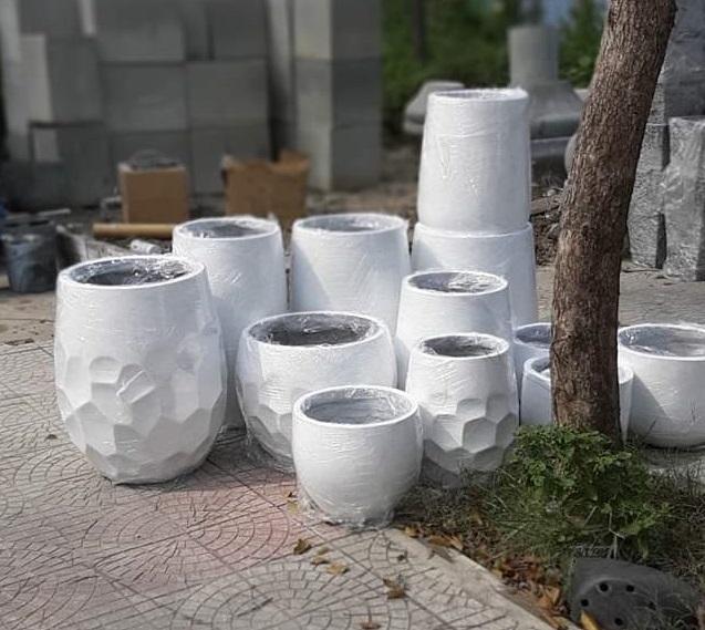 Các mẫu chậu xi mặng nhẹ hình xí ngầu tại xưởng Nhựt Hưng